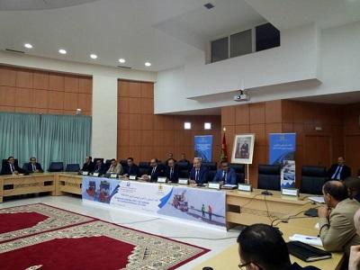 وزير التجهيز عمارة يحل بميدلت لترؤس إجتماع تاطيري للموسم الشتوي.