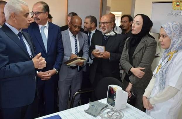 -وزير الصحة يقوم بزيارة تفقدية لمستشفى القرب بالريش والمستشفى الإقليمي بميدلت.