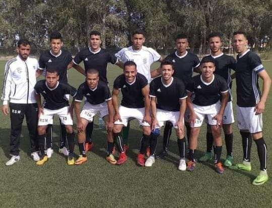 الرجاء الرياضي ميدلت يكرم وفادة سيدي أحيا وسعد بثمانية أهداف.