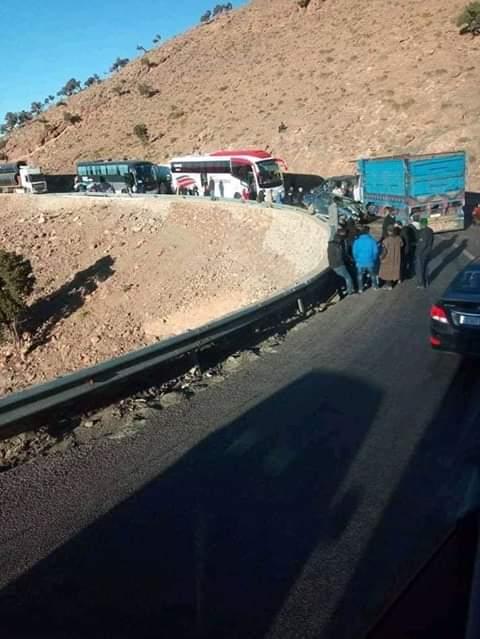 متى تلتحق جهة الأعمى والمقعد (جهة درعة-تافيلالت) بركب المغرب النافع وتكون لها هي الأخرى طرق سيارة؟ .