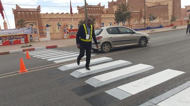 من المسؤول عن الفوضى التي تطبع حركة السير والجولان بشوارع ميدلت؟؟؟