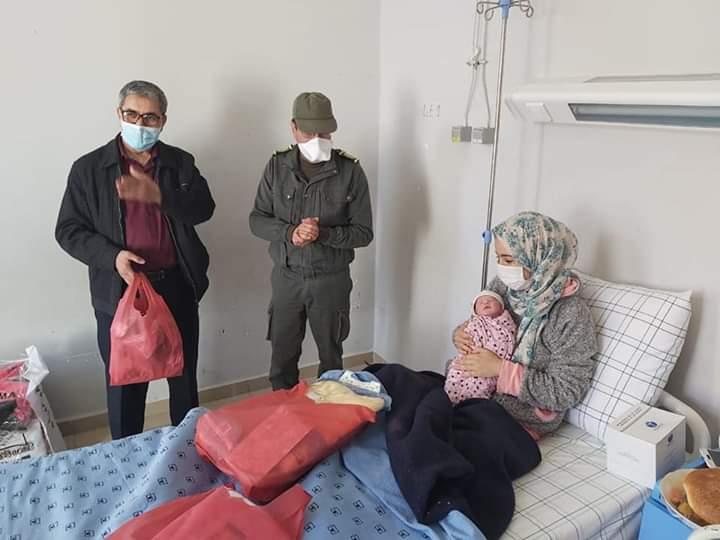 متعافية من كوفيد 19 تضع مولودها بالمستشفى الاقليمي بميدلت.