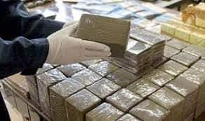 توقيف مقدم شرطة بالراشيدية كان يحاول تهريب 200 كيلوغرام من مخدر الشيرا 