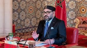 عااااجل *بلاغ. الملك يُكلف لجنة للتحقيق في تواطؤات محتملة لشركات توزيع المحروقات.