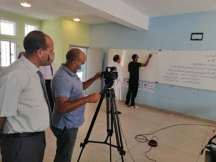 عبد الرزاق غزاوي يشرف على استئناف إنتاج الموارد الرقمية بالمديرية.