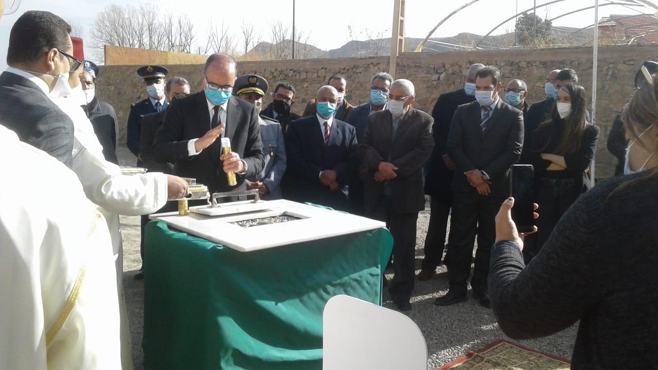تدشينات بإقليم ميدلت بمناسبة الاحتفال بالذكرى الخامسة و الاربعبن للمسيرة الخضراء.