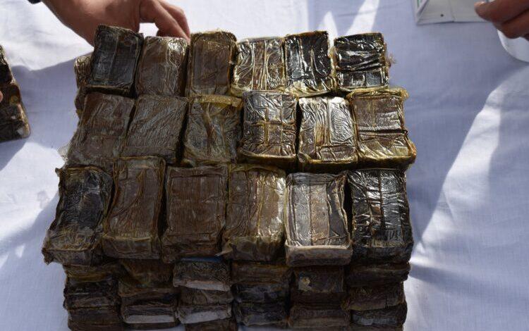 طانطان .. حجز أزيد من 5ر6 أطنان من مخدر الشيرا وتوقيف خمسة أشخاص.